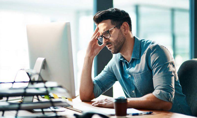 Os 05 passos para lidar com um erro de trabalho e seguir em frente